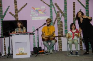 Grupo Mirabilia cantando