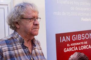 Ian Gibson en la Feria el Libro de Madrid