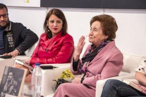 Ángeles Flórez, Maricuela, en la Feria del Libro de Madrid