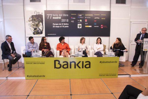 Encuentro redes bibliotecas latinoamericanas en la Feria del Libro de Madrid